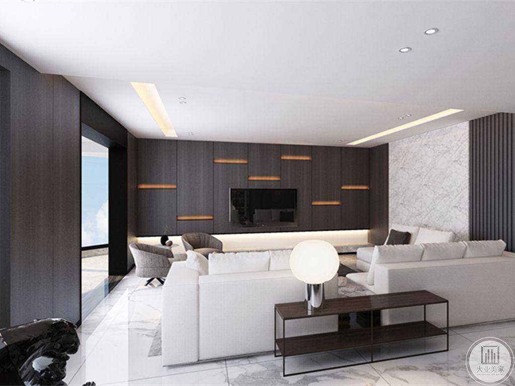 主客厅的会客厅则比较正式,放置的沙发凳颜色也较深,更适合洽谈公事。