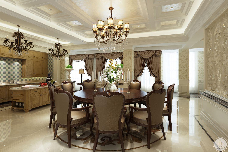 餐厅曲线完美,细节精致,灯具颇有西方风情,大面积落地窗使得室内光线充足,整体华美,简单、自然的生活空间能让就餐者人身心舒畅,感到宁静和安逸;