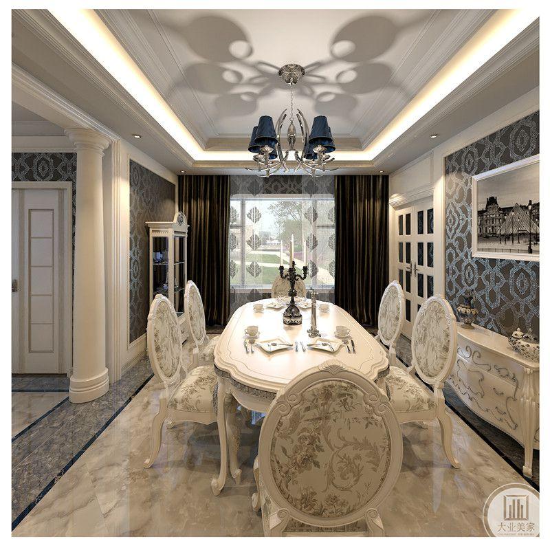 本案客厅简洁,但整体和谐,罗马柱使整体空间更加协调美观,灯具颇具西方情趣,餐椅上的小碎花和柜子上的小装饰有点睛之笔。