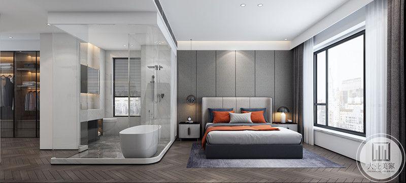 这个房间是老人房,是为户主父母准备的房间,因而设计师设计了透明卫生间和浴缸,拥有一定的私密空间,整体装饰简洁,衣柜较大,因而收纳性比较强。